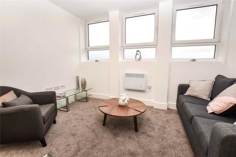 2 bedroom apartment to rent - Benbow Street, Sale, Cheshire, M33