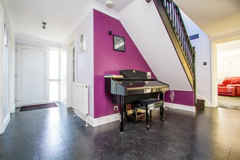 3 bedroom house for sale - Ridgway Close