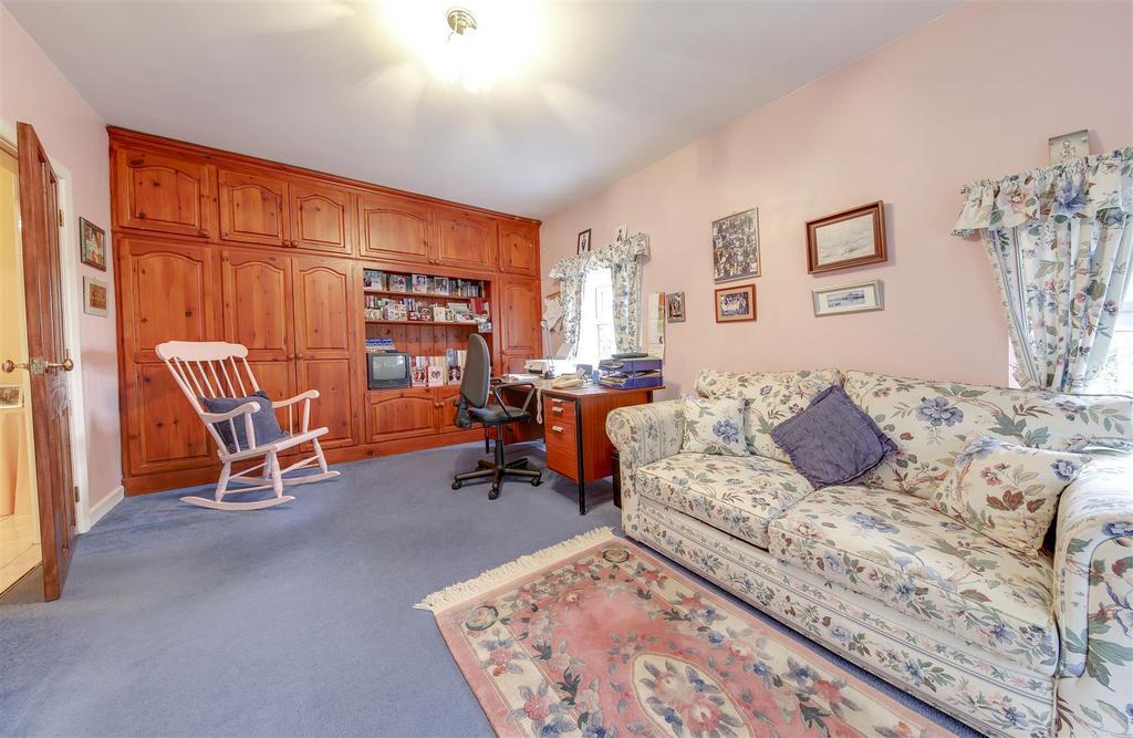 Bedroom 4 JPG
