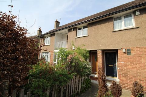 2 bedroom flat to rent - Glenwood Avenue, Baildon, Shipley