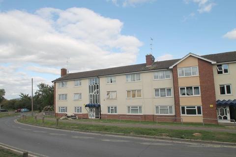 2 bedroom flat to rent - Queens Road, Priors Park, Tewkesbury