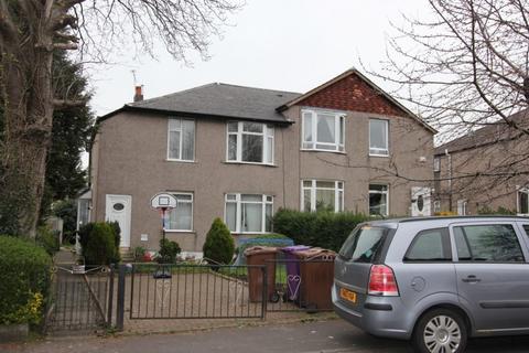 3 bedroom apartment to rent - KINGSPARK, KILCHATTAN DRIVE, G44 4PZ - UNFURNISHED