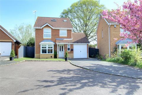3 bedroom detached house for sale - Anthian Close, Woodley, Reading, Berkshire, RG5