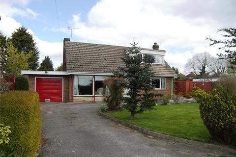 2 bedroom detached bungalow for sale - Shaw Lane, Holbrook