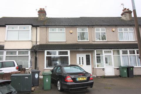 4 bedroom terraced house for sale - Burnham Road, Chingford, London E4
