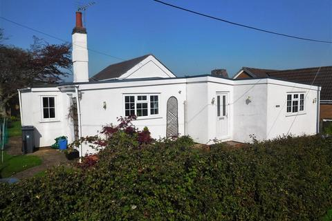 3 bedroom bungalow for sale - Fircones, Church Path Terrace, Lympstone