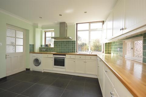 4 bedroom semi-detached house to rent - Pollard Road, MORDEN, Surrey, SM4
