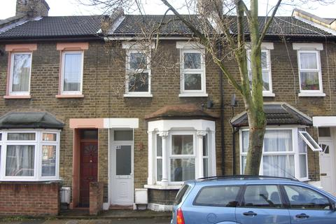 2 bedroom terraced house to rent - Glenavon Road, E15