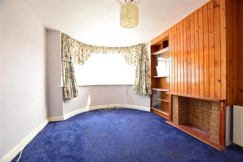 3 bedroom semi-detached house for sale - Foreland Avenue, Folkestone, Kent