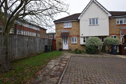 2 bedroom terraced house to rent - Dandelion Close, Romford