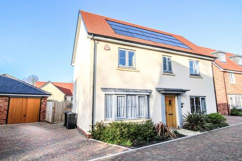 4 bedroom detached house for sale - Jasmine Close, Great Warley, Brentwood, Essex, CM13