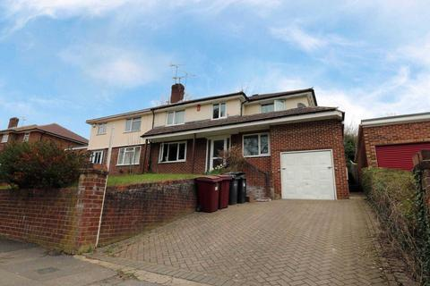 3 bedroom semi-detached house to rent - Overdown Road, Reading