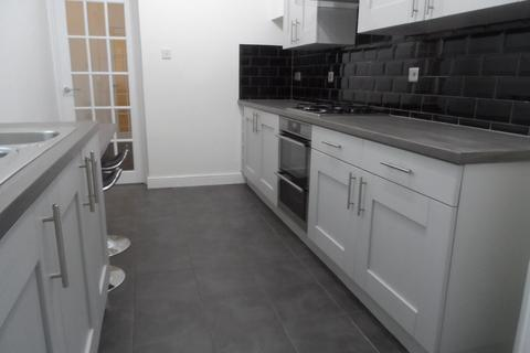2 bedroom ground floor flat to rent - Whitefield Terrace, Heaton, Newcastle upon Tyne, Tyne and Wear, NE6 5DT