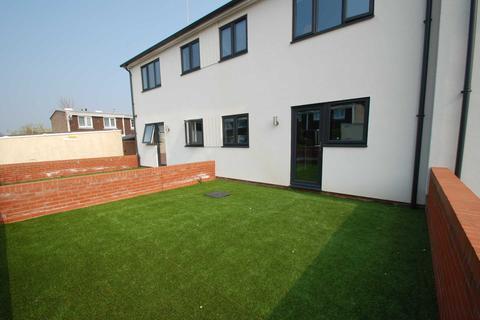 2 bedroom flat to rent - Penn Grove, Norwich