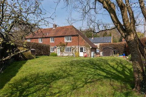3 bedroom end of terrace house for sale - Caxton Court, Park Street, Falmer Village, East Sussex