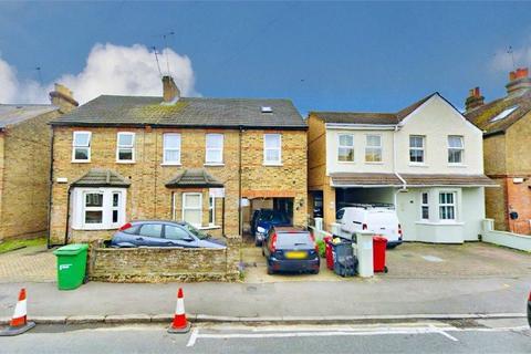 4 bedroom semi-detached house to rent - Belgrave Road, Slough, Berkshire
