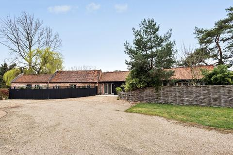 4 bedroom barn conversion for sale - South Creake