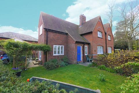 3 bedroom character property for sale - Reading Road, Cholsey