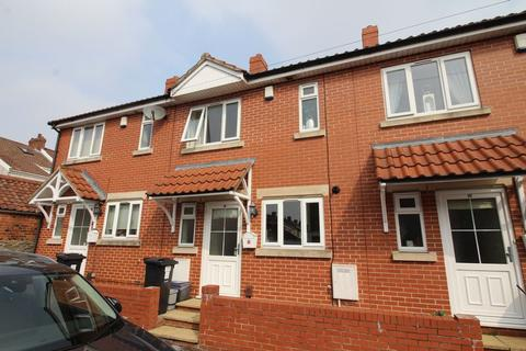 3 bedroom terraced house to rent - Laurel Street, Kingswood, Bristol