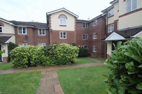 2 bedroom apartment to rent - Queen Alexandra Road, High Wycombe