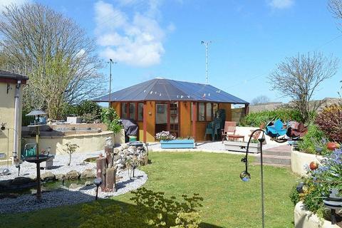 3 bedroom detached bungalow for sale - St Georges Road, Hayle