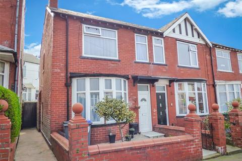 2 bedroom semi-detached house for sale - Condor Grove, Blackpool, Lancashire