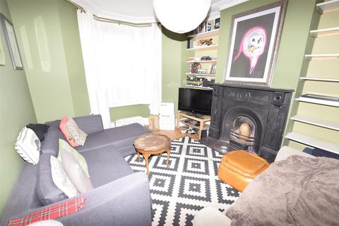 3 bedroom terraced house to rent - Exeter Road, Southville