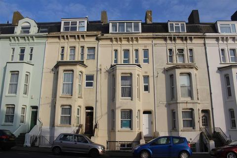 2 bedroom flat for sale - Pelham Place, Seaford