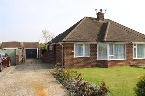 2 bedroom bungalow for sale - Roseleigh Avenue, Maidstone