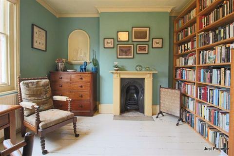 4 bedroom semi-detached house for sale - Mercatoria, St Leonards On Sea