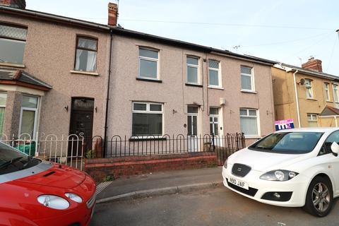 3 bedroom terraced house for sale - Trafalgar Street, Risca, Newport, NP11