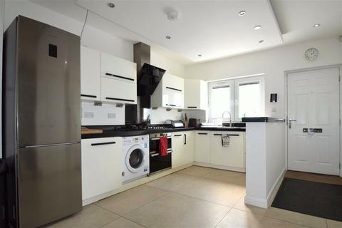 3 bedroom end of terrace house to rent - Home Park Road, London, SW19