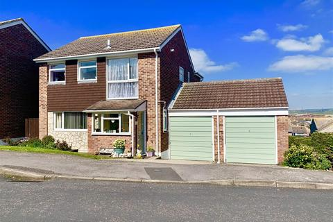 4 bedroom detached house for sale - Substantial Family Home, Littlesea