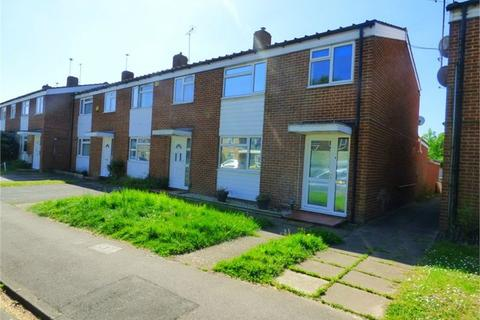 3 bedroom end of terrace house to rent - Maryside, Langley, SL3