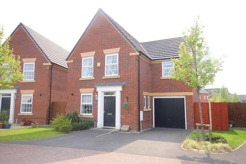 3 bedroom detached house for sale - Newark Drive, Great Sankey, Warrington, WA5
