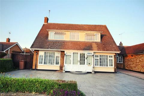 3 bedroom detached house for sale - Sherborne Road, Chelmsford, Essex