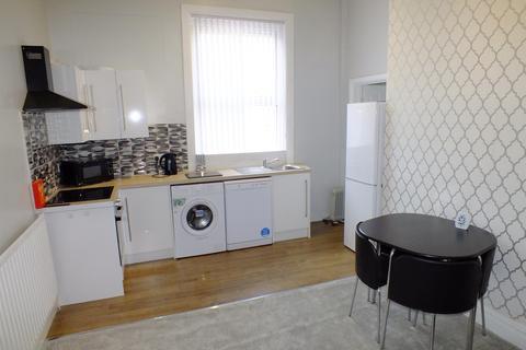 1 bedroom flat to rent - Shaftsbury Avenue, Roundhay, LS8 1DS
