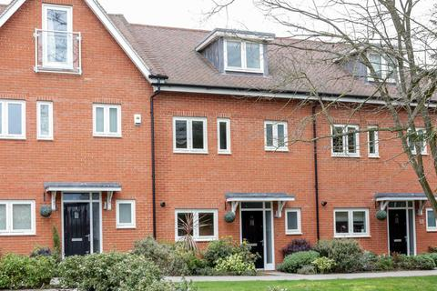 4 bedroom townhouse to rent - Newlands Way, Cholsey