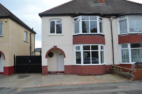 3 bedroom semi-detached house to rent - Springfield Road, Park Village, Wolverhampton