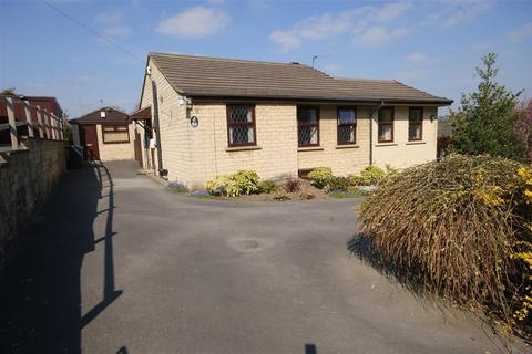 2 bedroom detached bungalow for sale - Rayner Road, Brighouse
