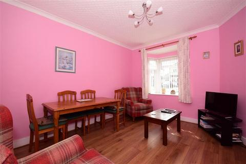 2 bedroom semi-detached bungalow for sale - The Avenue, Hornchurch, Essex