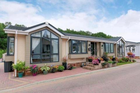 2 bedroom park home for sale - Franklin Avenue, Pilgrims Retreat, Harrietsham ME17