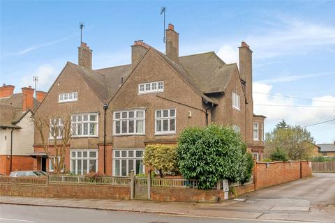 7 bedroom house for sale - Abington Park Crescent, Northampton, Northamptonshire, NN3