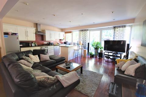 House share to rent - Crouchmans Terrace, Sydenham, SE26