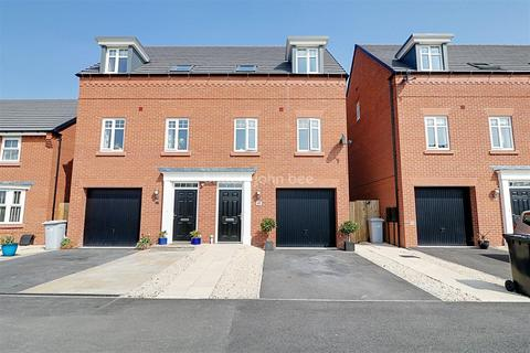 3 bedroom semi-detached house for sale - Thalia Avenue, Stapeley
