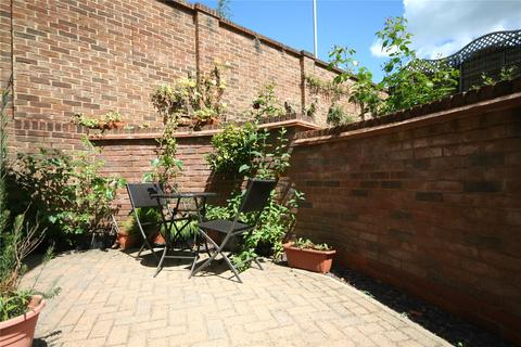 2 bedroom end of terrace house to rent - Lawnswood Court, Wellington Square, Cheltenham, Gloucestershire, GL50