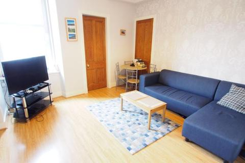 2 bedroom flat to rent - Fonthill Road, Floor Left,