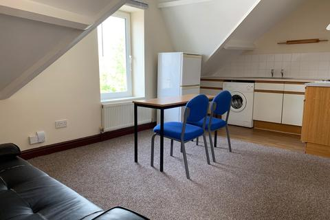 1 bedroom flat to rent - St Helens Crescent, Swansea