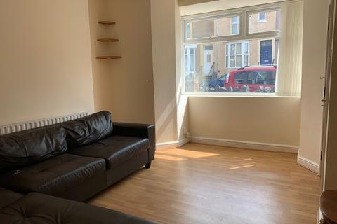 1 bedroom flat to rent - St Helens Avenue, Swansea