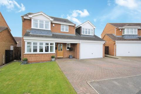 4 bedroom detached house for sale - Snowdrop Close, Stockton, TS19 8FG